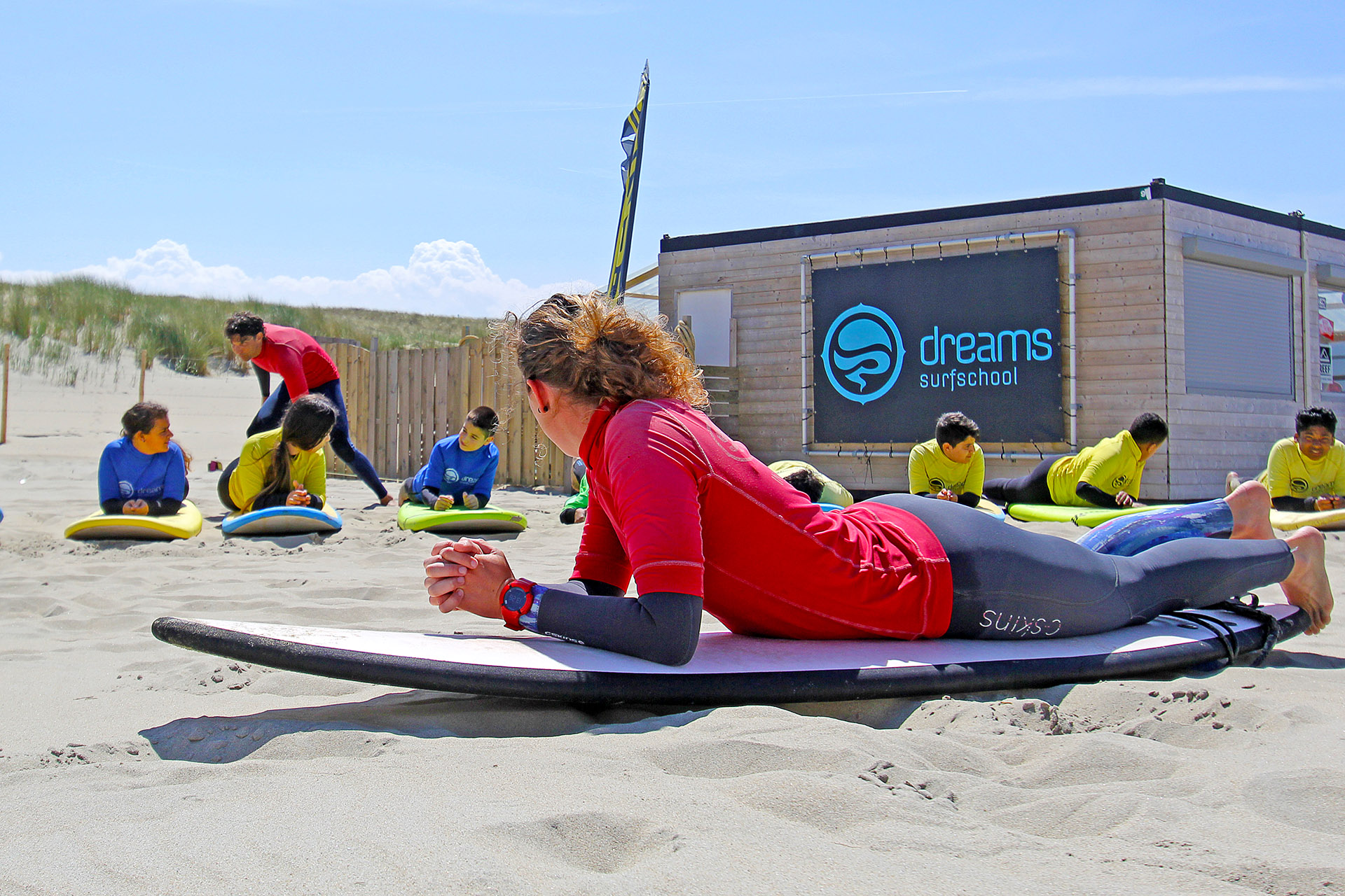 Surfles bij Dreams Surfschool